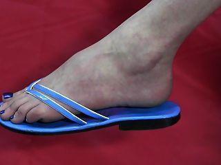 Descalzo y zapatos