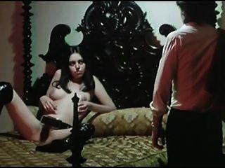 Lina romay vampiro femenino