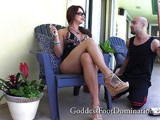 Handyman obtiene jefes wifes pies pie trabajo pie pie fetiche