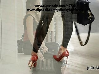 Catsuit de látex legging \u0026 corset en público con tacones altos