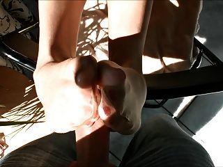 Caliente rubia morena manguera footjob