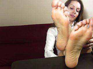 Tacones y pies joi
