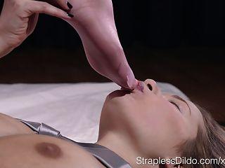 Sueño rosado del fetiche del pie