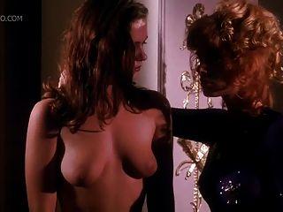 Brigitte nielsen y kimberley kates en el calor encadenado
