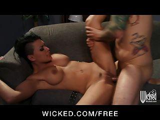 Sexy morena femdom eva angelina ama sexo áspero
