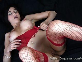 Grandes pezones y labios grandes dedo folla hasta el orgasmo