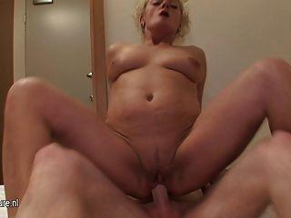 Abuelita real follada bien sin condón