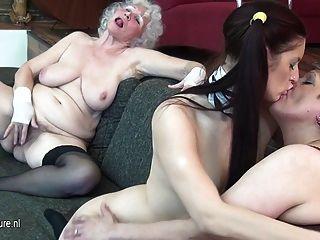 Abuelita folla a su niña y milf maduro
