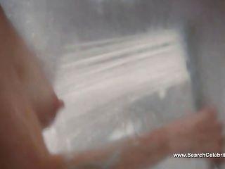 Julianne moore desnuda escena de la ducha chloe (2009)
