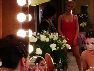 Gina gershon topless escena showgirls hd
