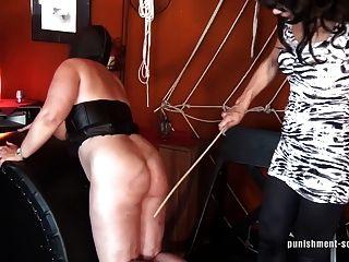 Azotar ese culo y perforar las tetas