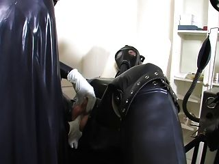 Control de respiración de goma pesado 1of 3
