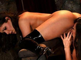 Lesbiana esclava m22
