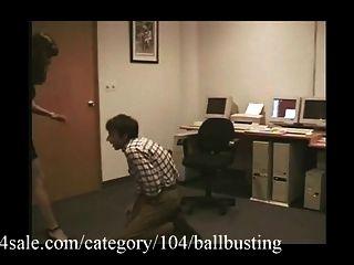 La mejor bola de rebote está en clips4sale.com