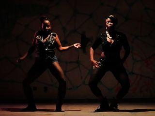 Patra: jamaican milf reggae videoclip (pg) ameman