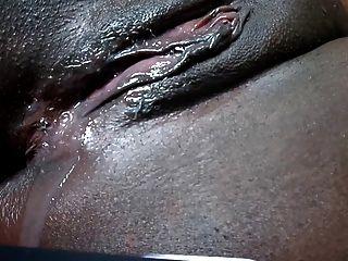 Coño negro goteo después de la corrida