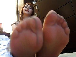 Grandes piernas en pantimedias