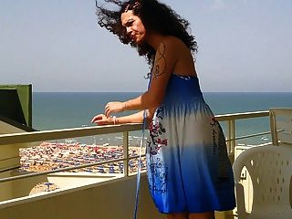 Nikki ladyboys vestido azul balkony