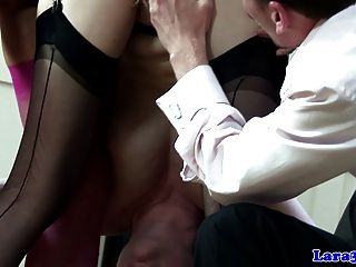 Milf maduro en medias clit pleasuring babe