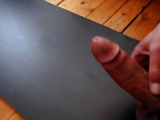 Gota de esperma a la derecha e izquierda