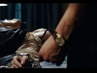 Josephine de la baume beso desnudo del condenado hd