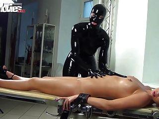 Películas divertidas alemanes latex fetish babes
