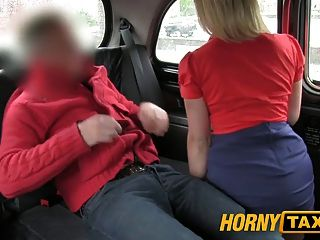 Hornytaxi hot hot se folla duro