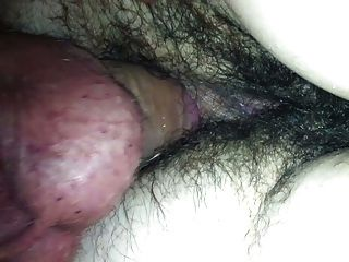 Follando su culo peludo