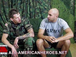 Militares tacos marco y lobo