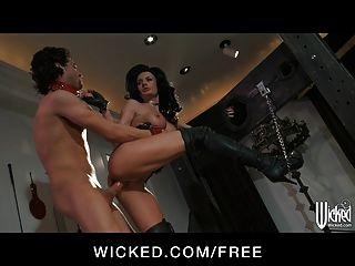 Dominar grandes tit brunette alektra azul toma dick en su culo