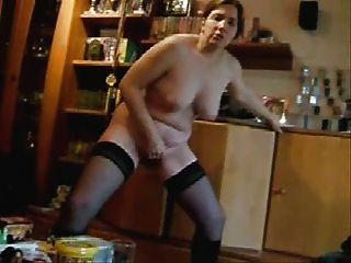Mi esposa masturbándose para la gente de Internet.hecho en casa