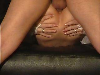 Amateur esposa le gusta su culo follada duro y profundo