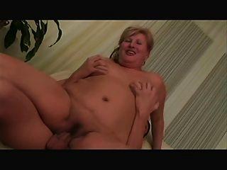 Abuelita rubia