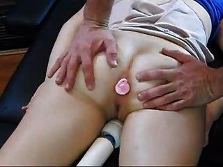 Papá masajeado y jodido no su hija