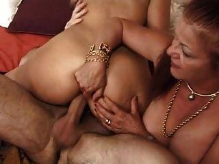 Francesa madura 16 peluda anal mamá milf rubia nena trío