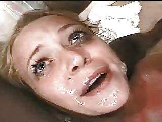 Chica es follada por un monstruo