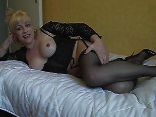 Diana shemale se masturba 1