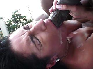 Mami culo puta al aire libre