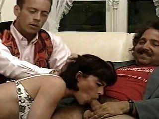 Beatrice valle francés clásico 90s