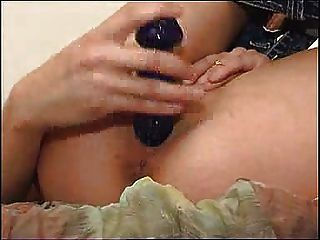 Linda chica le muestra a su puckeeed asshole fm14