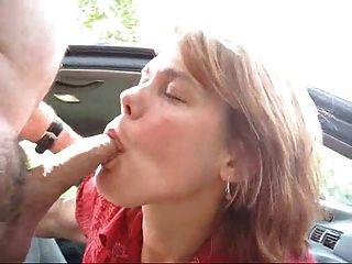 Bj aficionado con corrida en la boca