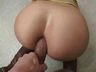 Buena puta en el baño público
