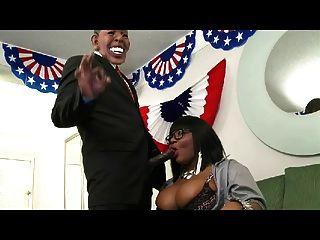 Gran perra dick cumple con el presidente