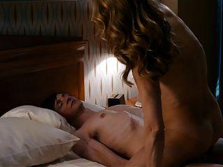 Helen caza frontal desnudo completo en las sesiones