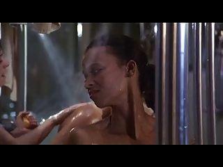 Milfs peludos en la ducha