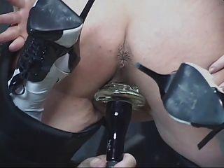 Madura pelirroja obtiene su coño jadea luego se utiliza