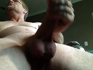 Ver papá cum desde abajo