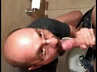lamiendo coño succión del pene