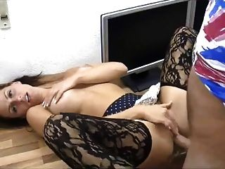 Sexy babe obtiene anal y coño cubierto en esperma!