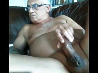 Likeaolder abuelo 61 y d jerking de su polla gorda y cum